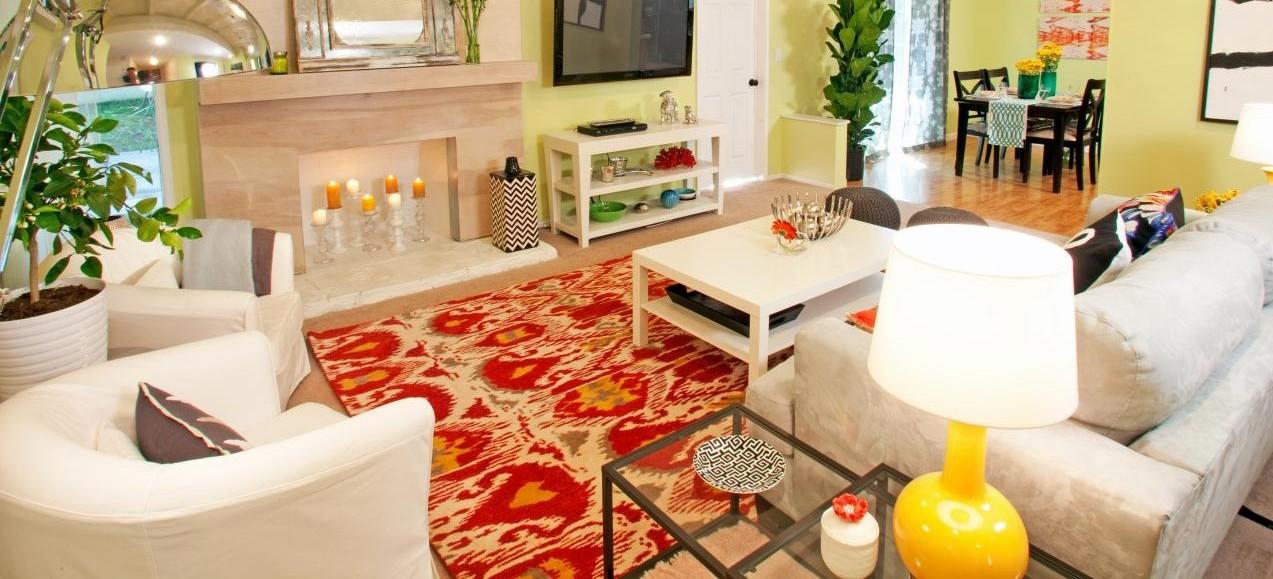 DOD3111_Eclectic-Living-Room-6_s4x3.jpg.rend.hgtvcom.1280.960